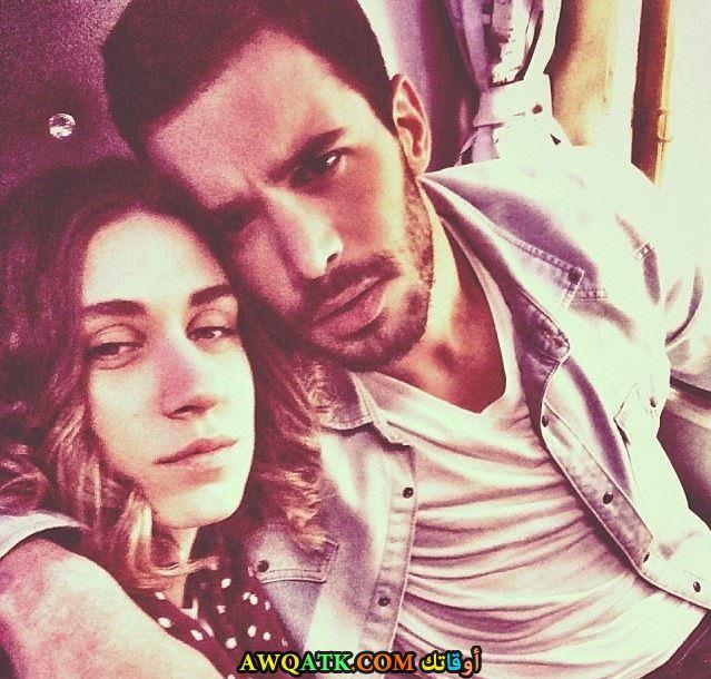 صورة بيريش وحبيبته سيلفي