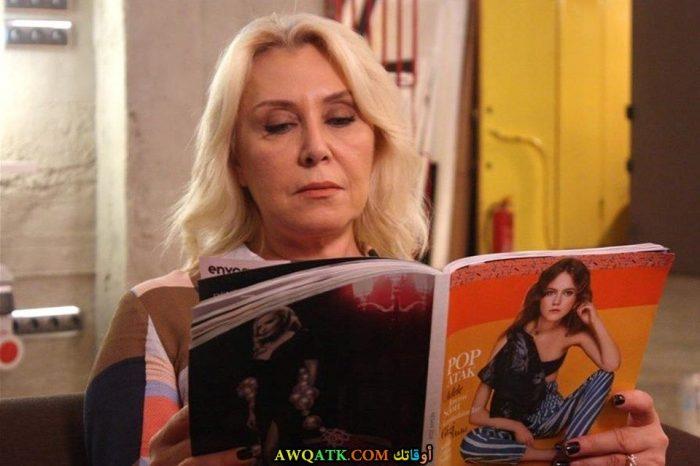 صورة للفنانة التركية الجميلة نرجس كومباسار 2017 مسلسل حب للإيجار