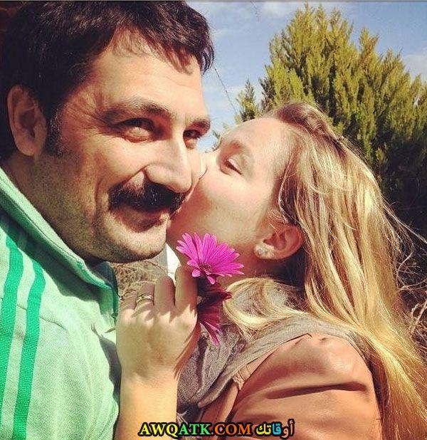 أحلى وأجدد صورة للفنان بولنت إينال مع زوجته ميلوس