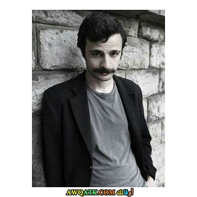 أحلى صورة و بوستر للفنان التركي جيوفين مراد أكبينار