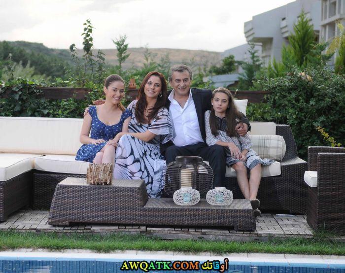 صورة عائلية لحسين عوني دانيال