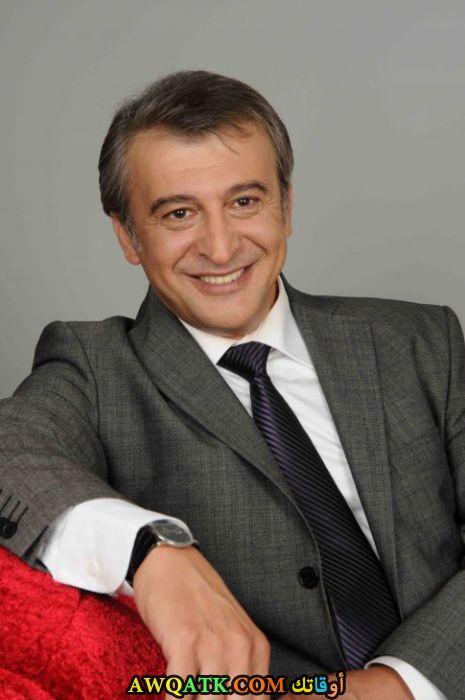 بوستر الفنان التركي حسين عوني دانيال