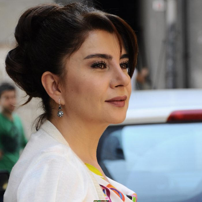 أحلى وأجمل وأحدث صورة للفنانة التركية الجميلة ديفريم ياقوت
