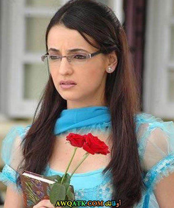 صورة الفنانة سانايا ايراني كوشي من مسلسل من النظرة الاولى
