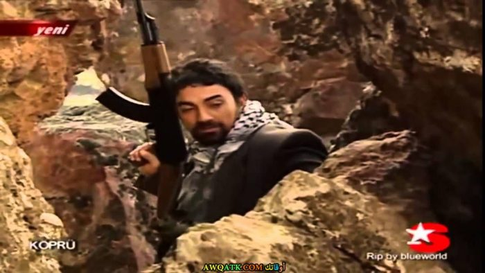 صورة قديمة للممثل سليم بايراكتار داخل عمل