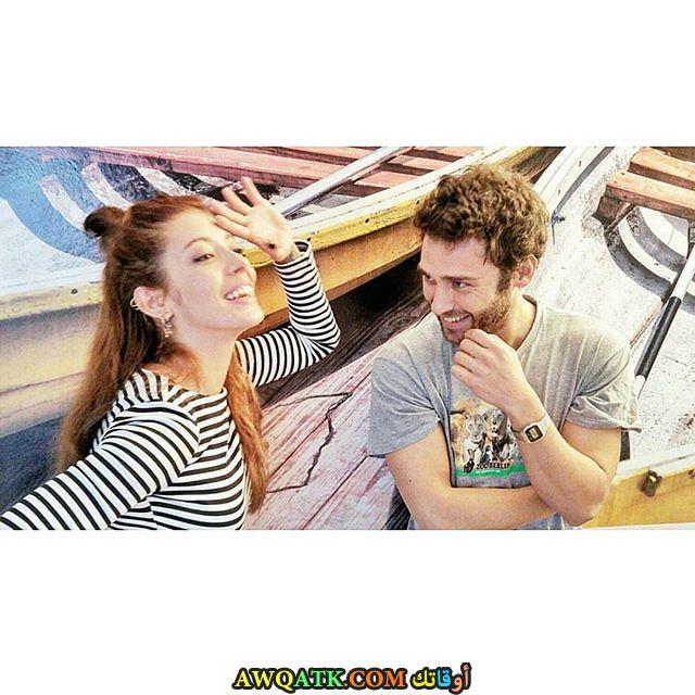 صورة الفنانة التركية سيلين شكرجي من مسلسل حب مؤلم مع الفنان سيشكين اوزديمير