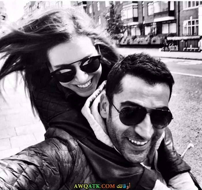 صورة الفنانة التركية سينام كوبال صورة جميلة وروعة مع حبيبها