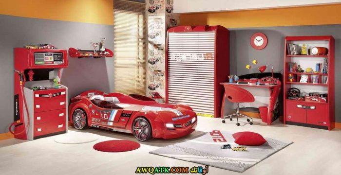 غرفة نوم حمراء مودرن