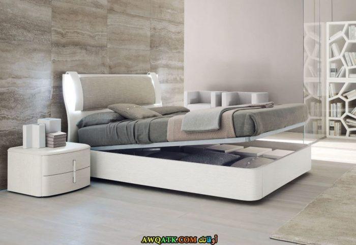 غرف نوم أيكيا باللون الأبيض والأسود
