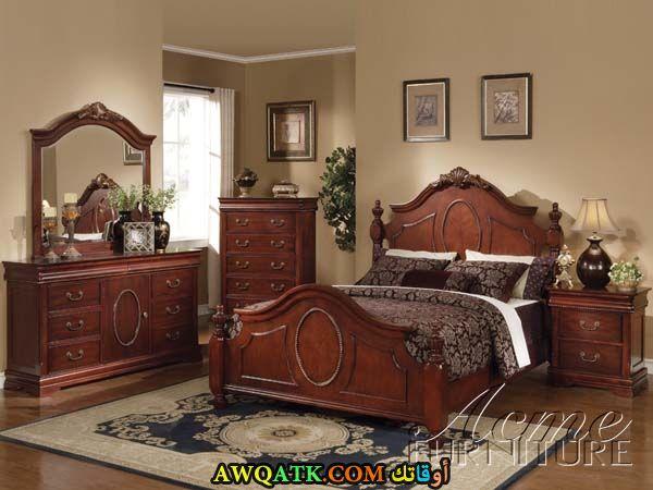 غرفة نوم بنية جميلة جداً