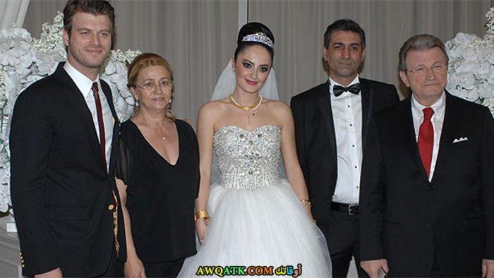 صورة جميلة من زفاف كيفانش تاتليتوغ و باشاك ديزر