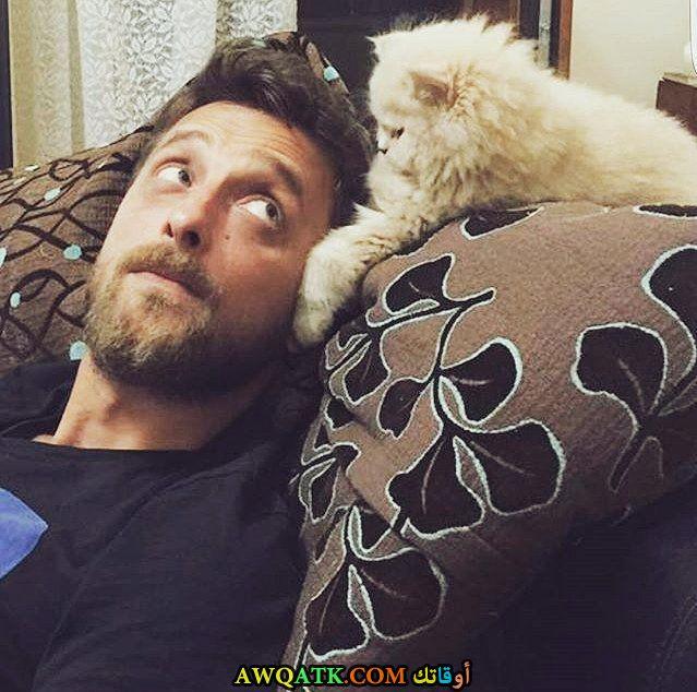 هاكان يوفكاجيغيل وقطته