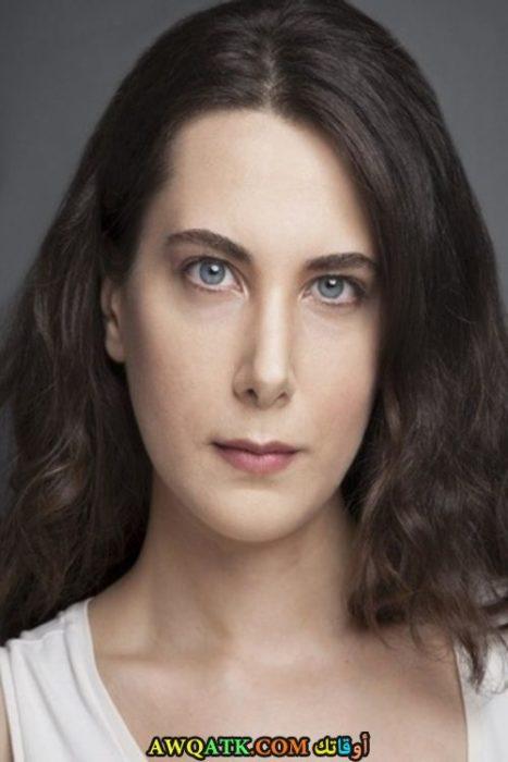بوستر الفنانة التركية سيلين اولودوغان