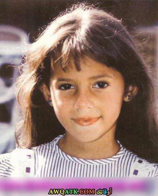 دنيا سمير غانم وهي صغيرة