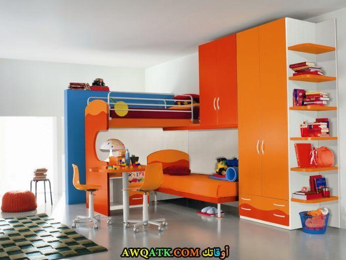 غرفة نوم برتقالية رائعة وجميلة
