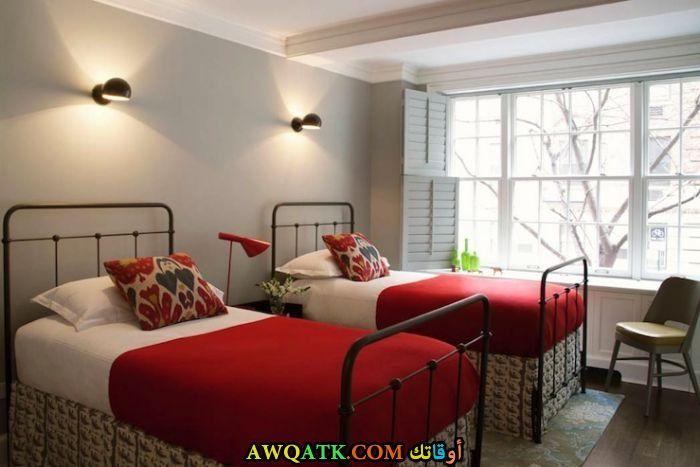 غرفة نوم باللون الأحمر جميلة جداً