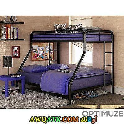 غرفة نوم حديد باللون الموف