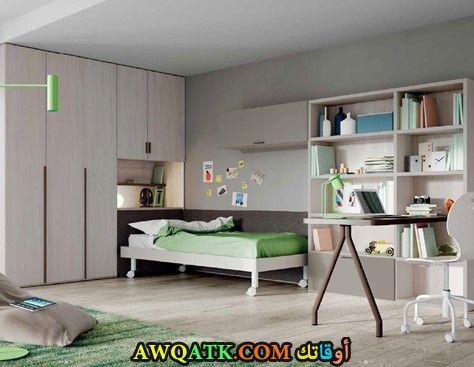 غرفة نوم رائعة باللون الرمادي
