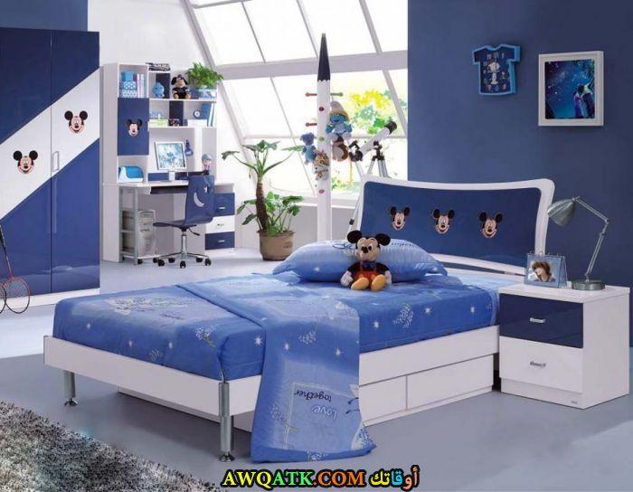 غرفة نوم شيك جداً باللون الأزرق