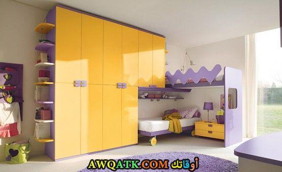غرفة نوم أطفال صفراء روعة