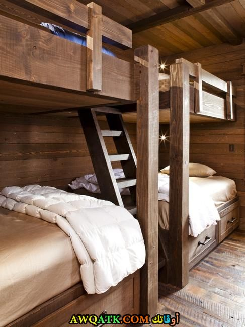 غرفة نوم بنية جميلة