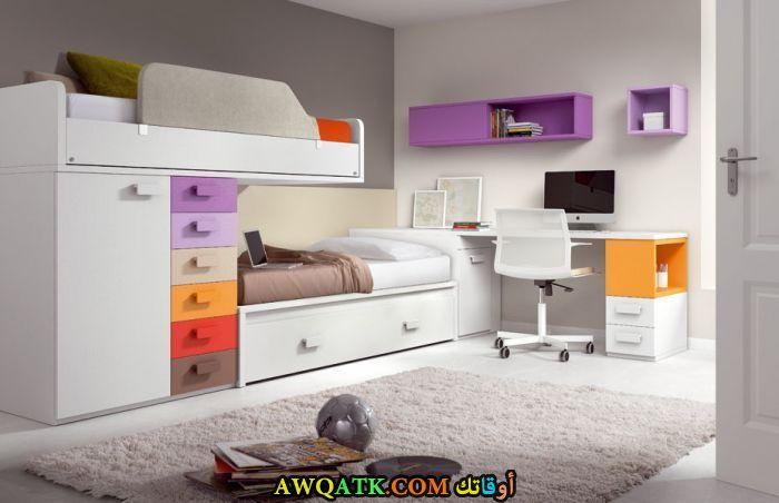 غرفة نوم باللون الأبيض جميلة وشيك