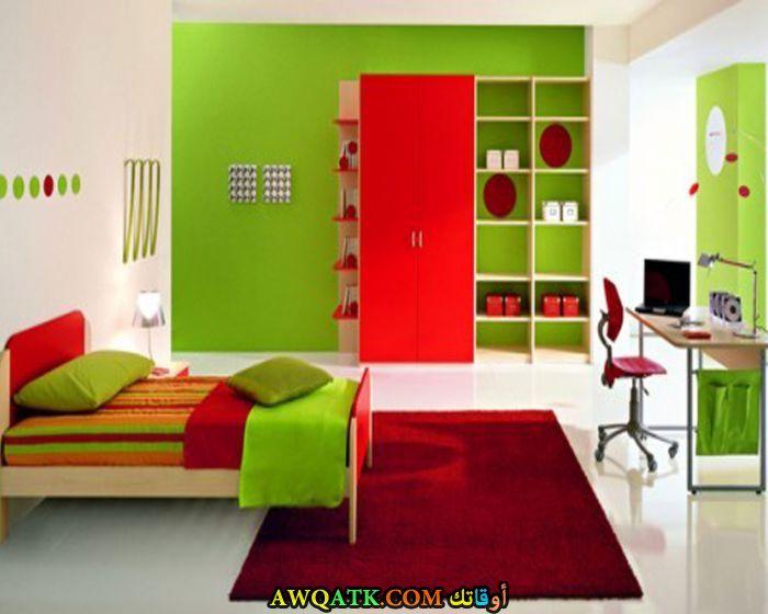غرفة نوم عملية خضراء