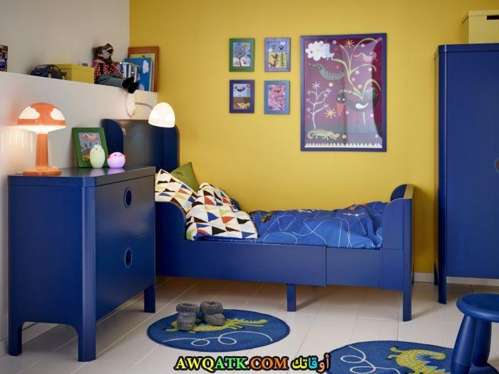 غرفة نوم عملية جميلة جداً