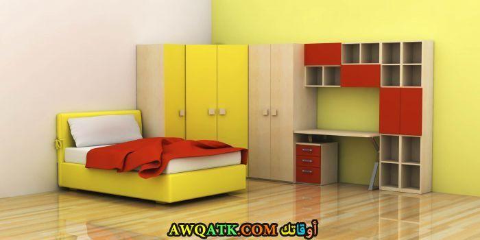 غرفة نوم باللون الأصفر رائعة