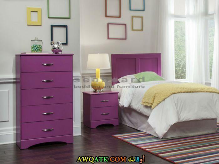غرفة نوم باللون الموف رائعة
