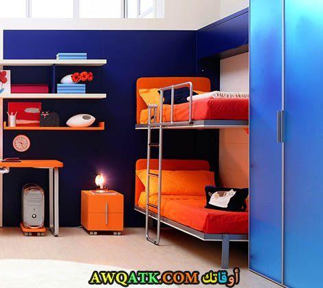 غرفة نوم رائعة باللون البرتقالي