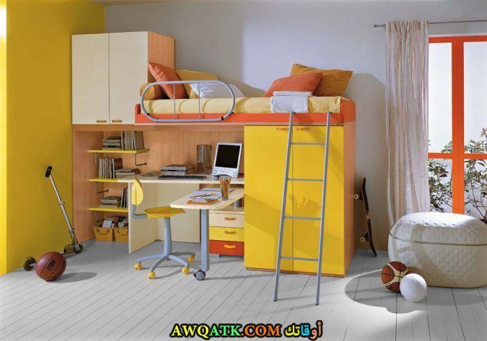 غرفة نوم صفراء للمساحة الصغيرة