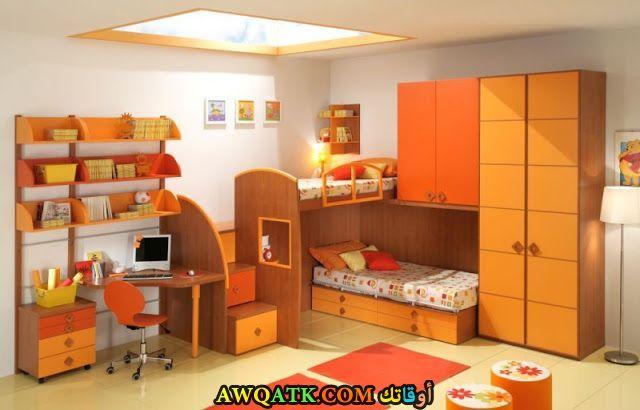 غرفة نوم باللون البرتقالي روعة