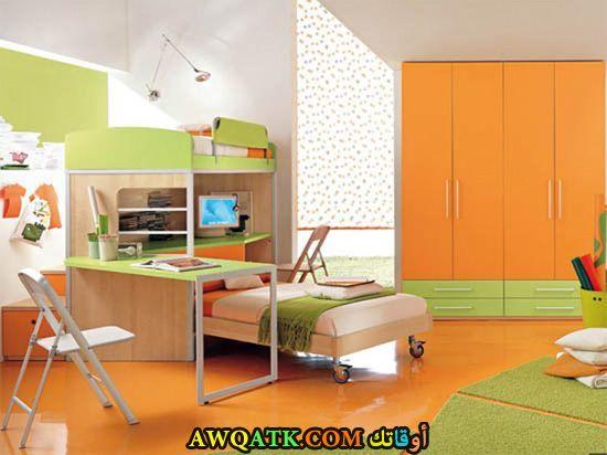 غرفة نوم روعة باللون البرتقالي