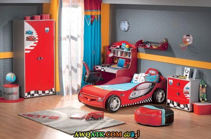غرفة نوم مودرن علي شكل سيارة