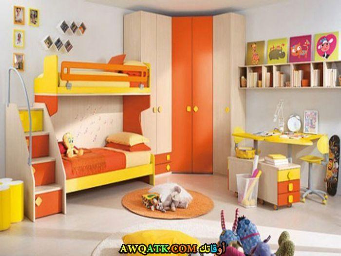 غرفة نوم شيك جداً باللون البرتقالي