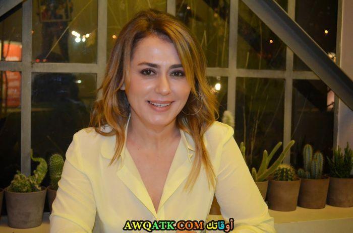 صورة جديدة للنجمة التركية نازان كيسال