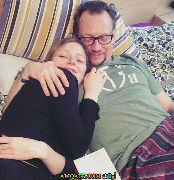 صورة للفنانة ياسمين زاولوسكي وزوجها