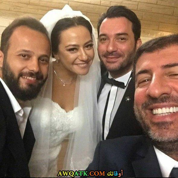 صورة من حفل زفاف إيزجي سيرتل