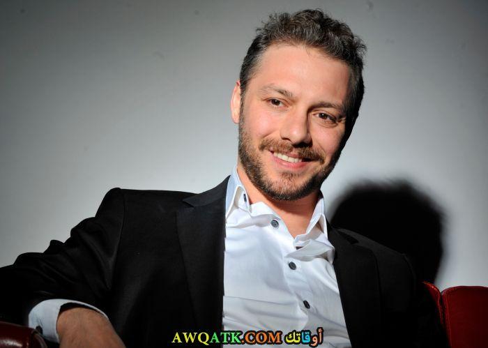 صورة جديدة للنجم التركي احمد كايناك