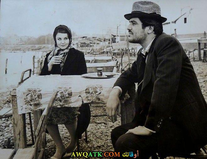 صورة قديمة ورائعة للنجم التركي عزت جوناي