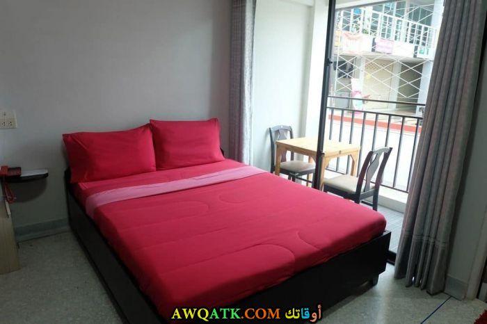 غرفة نوم حمراء شيك