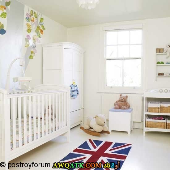 غرفة نوم بيضاء جميلة