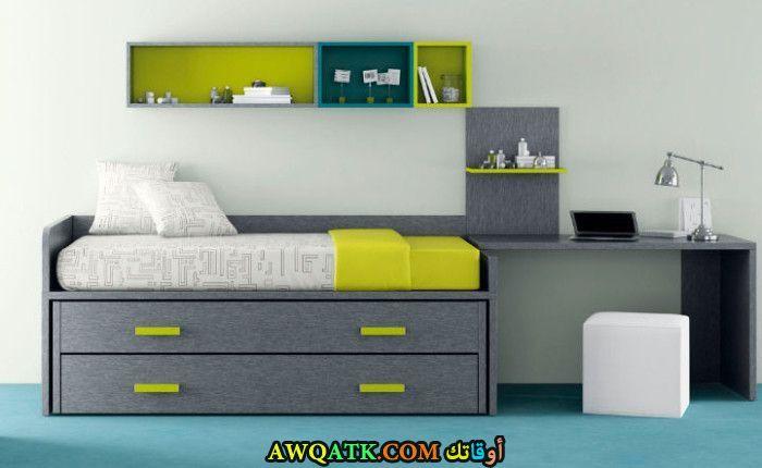 غرفة نوم رمادية جميلة جداً