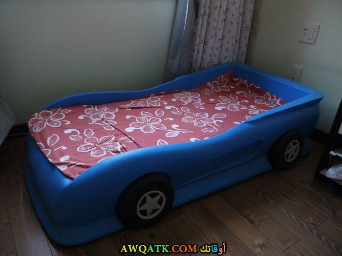 غرفة نوم باللون الأزرق شيك وجميلة