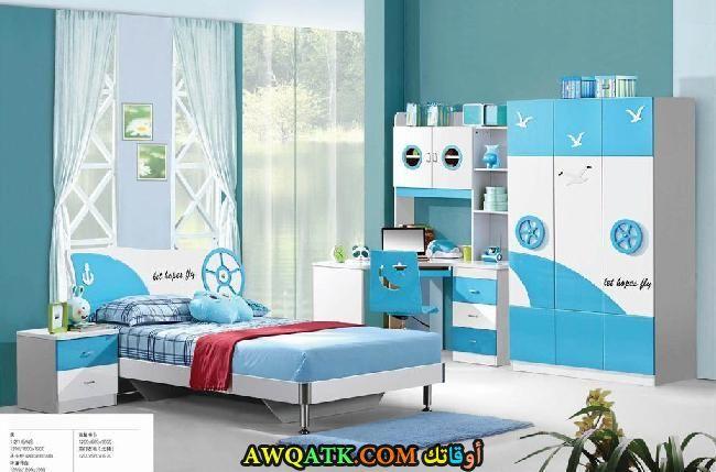 غرفة نوم لبني جميلة