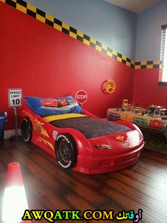 غرفة نوم جميلة جداً علي شكل سيارة