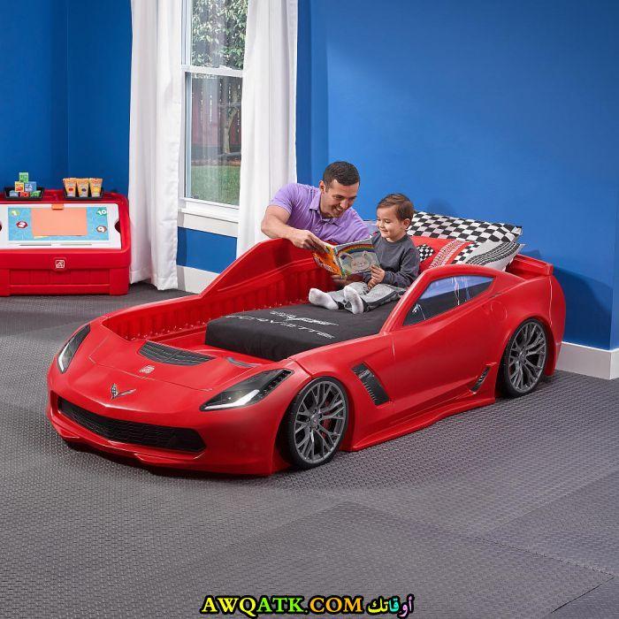 غرفة نوم جميلة ورائعة علي شكل سيارة