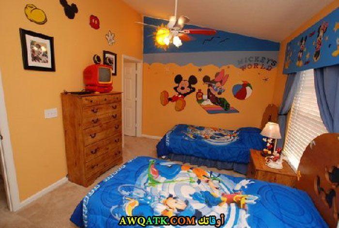 غرفة نوم باللون الأزرق رائعة