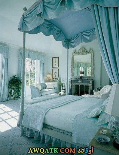غرفة نوم تركية باللون اللبني